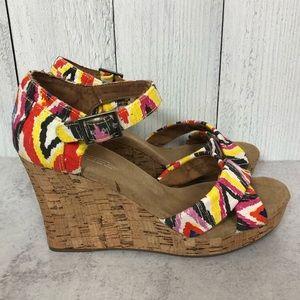 NWOT. TOMS. Cenna Strappy Platform Wedge Sandal